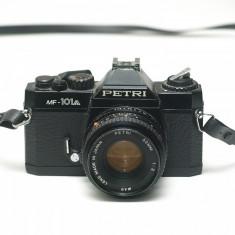 SLR Petri MF-101A cu obiectiv 50mm f2