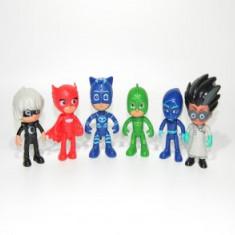 Set 6 figurine 8 cm- Eroi in Pijama