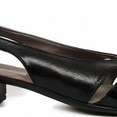 Pantofi dama decupati cu toc jos Ninna Art 227 negru