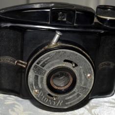 Dufa Pionyr, aparat foto bachelită fabricat în Cehoslovacia între 1940-1950