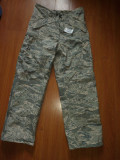 Pantaloni impermeabili US Army marimea M