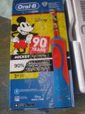 Cumpara ieftin Periuță Electrică Oral-B, Vitality Mickey