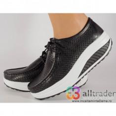 Pantofi negri perforati din piele naturala talpa convexa dama/dame/femei (cod AC020-43P)