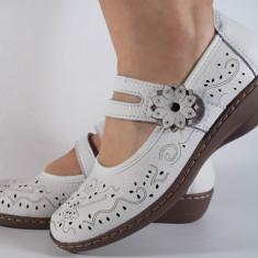 Pantofi de vara albi perforati piele naturala (cod B812590)