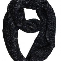 Esarfa casual-eleganta de culoare neagra cu fir lucios argintiu