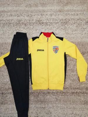 Trening Nationala Romaniei - Romania Bluza si pantaloni conici -  COPII 5-14 ANI foto