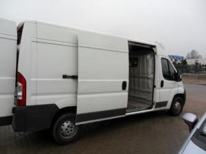 Transport marfa-mobila