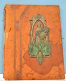 Coperta de album foto vechi realizat in maniera Art Nouveau