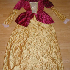 costum carnaval serbare rochie medievala printesa pentru copii de 14-15 ani