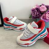 Cumpara ieftin Adidasi albi rosii cu scai f usori pt fete / baieti 25 26 27