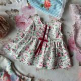 Rochita eleganta cu imprimeuri florale Trandafiri si element jabo Mi e Dor 100% bumbac