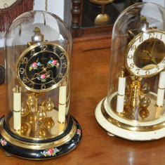 Ceasuri mecanice cu fir de torsiune
