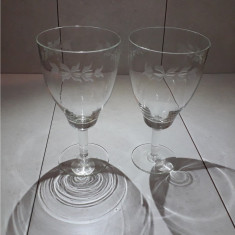 Set 2 pahare de vin din sticla