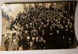 Fotografie grup mare de oameni de Paste 1936, Alb-Negru, Romania 1900 - 1950