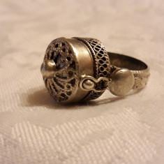 INEL argint POISON cu locas OTRAVA etnic TRIBAL rar MASIV de efect VECHI superb
