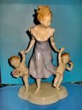 5252-I-Statuieta portelan Germania Metzler & Ortloff- Femeie cu Copii marcata RS