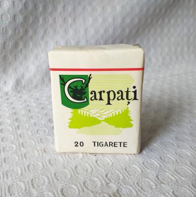 Pachet vechi tigari Carpati pentru vitrina  exterioara, pachet gol de colectie foto