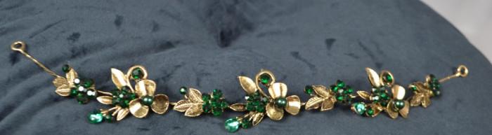 Diadema Auriu cu floricele si pietre Verde-Smarald