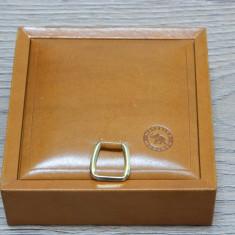 Cutie tigari METZELER MUNCHEN / interior pluta