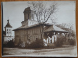 3 fotografii interbelice , Manastirea Curtea de Arges