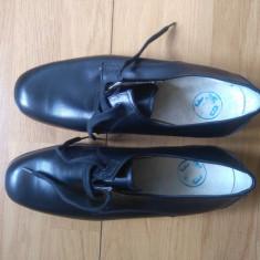 Military, pantofi noi Jandarmeria Franceza