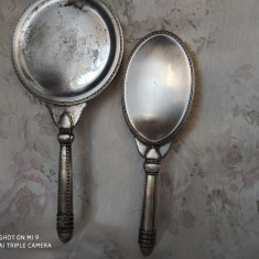 Vanity set, perie de haine si oglinda vintage din alpaca