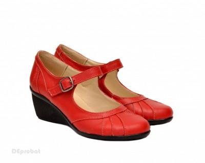 Pantofi dama rosii din piele naturala cu platforma cod P156R - Made in Romania foto