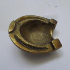 Scrumiera bronz, vintage, potcoava, C9