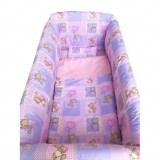 Cumpara ieftin Lenjerie de patut bebelusi 120x60 cm cu aparatori Maxi Ursi in carouri roz