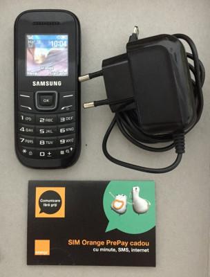 Vand telefon mobil Samsung GT-E1200 negru + BONUS foto