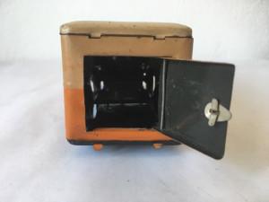 Duba dubita paine masina tabla jucarie romaneasca veche comunista