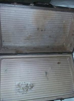 geamantan/valiza veche ECHT LEHNA VULKAN,valiza/cufar Antic,stare conform foto foto