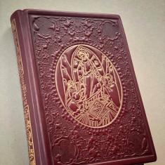 Sfanta Evanghelie legata in piele naturala Editura Bor