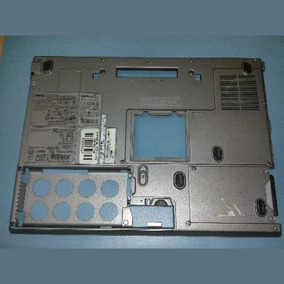 Bottomcase Dell latitude M4300 foto