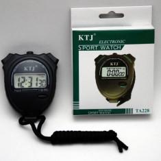 Cronometru digital multifunctional
