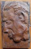 Portret de barbat ; Sculptura in lemn de par paduret de Ioan H. Sarghie , 1958