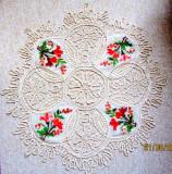 Fata de masa de epoca '70.Crosetata in fir de macrame,broderie sita cu flori.