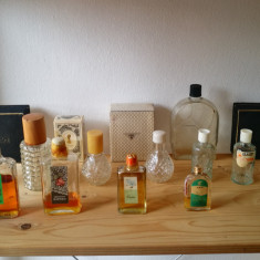 Sticlute vechi de parfum romanesc. Sticle parfumuri romanesti de colectie!