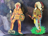Design / Decor - Doua piese din placaj traforat pictate manual / indieni !
