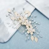 Accesoriu de par handmade, model floral