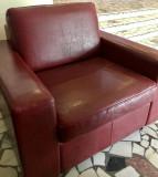 De vânzare 4 fotolii şi 2 canapele