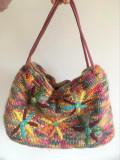 *DD Poseta eleganta multicolora tricotata cu broderie flori si paiete, 40x26cm, Auriu, Medie