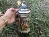 Halba de bere ceramica germana,cu capac si elemente in basorelief