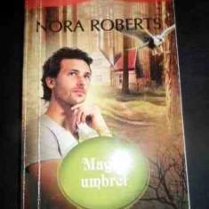 Magia Umbrei - Nora Roberts ,540908