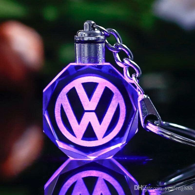 BRELOC CU LED DIN CRISTAL VW foto