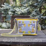 Cumpara ieftin Gentuta handmade ornamentata cu motivul popular din Oltenia flori, Multicolor, Microfibra, Medie