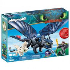 Set de Constructie Hiccup, Toothless si Pui de Dragon, Playmobil