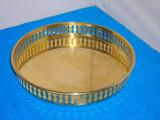 Cumpara ieftin Tava rotunda alama traforata, placata - provenienta Suedia, Vase