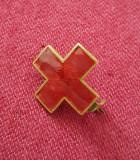 Insigna regalista interbelica cruce rosie