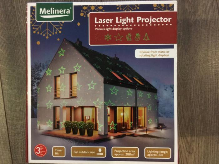 Proiector cu laser pentru utilizare in exterior
